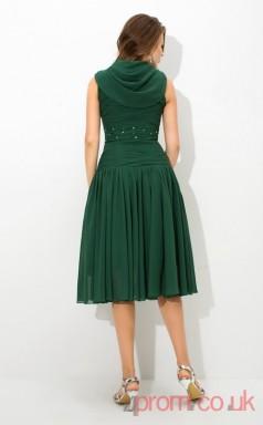Dark Green Chiffon A-line Mini V-neck Graduation Dress(JT2422)