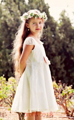 Cute Short Scoop Lace Flower Girl Dresses With Sweetheart Back BCH003