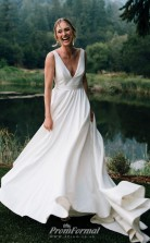 Simple V-neck Sleeveless A-line Stiff Wedding Dresses Outdoor Wedding BWD017