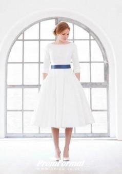 Simple Vintage 1950s Tea Length 3/4 Sleeves Short Wedding Dress BWD062
